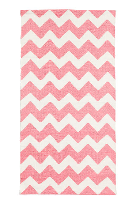 Zigzag-print cotton rug
