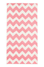 Zigzag-print cotton rug - White/Pink - Home All | H&M CN 2