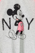 Printed top - Light grey/Mickey Mouse - Kids | H&M 3