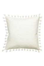 Tasselled cushion cover - White - Home All | H&M CN 2