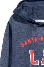 Hooded top with a print motif - Dark blue/Los Angeles - Kids | H&M 3