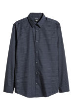 Easy-iron shirt Slim fit - Dark blue/Spotted - Men | H&M 1