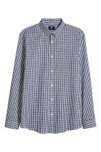 Easy-iron shirt Slim fit - Dark blue/Checked - Men | H&M CN 1