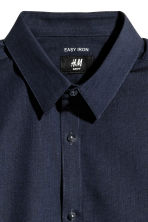 Easy-iron shirt Slim fit - Dark blue/Chambray - Men | H&M 2