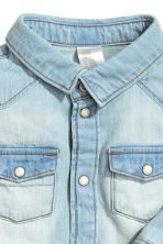 Denim shirt - Light denim blue - Kids | H&M CN 2