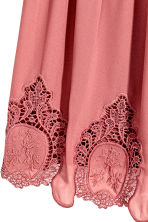 Hole-embroidered dress - Dark old rose - Ladies | H&M CN 3