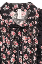 Chiffon dress with frills - Black/Roses - Ladies | H&M 3