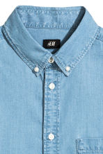 Denim shirt - Light denim blue - Men | H&M CN 3