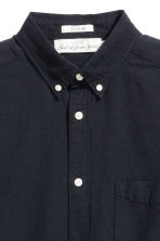 Oxford shirt - Dark blue - Men | H&M 3