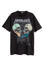 T-shirt with a print motif - Black/Metallica - Men | H&M CN 2