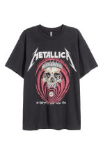 T-shirt with a print motif - Black/Metallica - Men | H&M 2