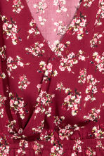 V-neck dress - Burgundy/Floral - Ladies | H&M 3
