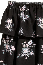 Short off-the-shoulder blouse - Black/Floral - Ladies | H&M CN 3