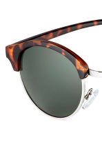 Sunglasses - Tortoise shell -  | H&M 3