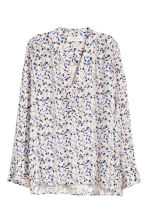 V-neck blouse - Powder pink/Floral - Ladies | H&M CN 2