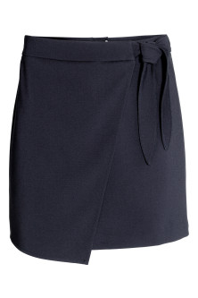 Wrap skirt with tie detail