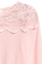 Top with a lace yoke - Light pink -  | H&M 3