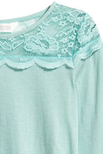 Top with a lace yoke - Mint green -  | H&M 3