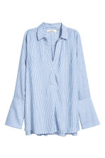 V-neck blouse - Blue/White/Striped - Ladies | H&M 2