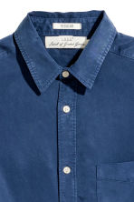 Camicia in lyocell - Blu scuro - UOMO | H&M IT 3