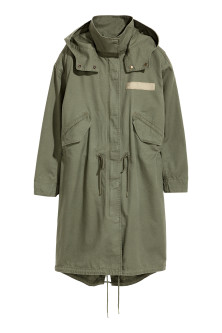 Parka with a detachable lining