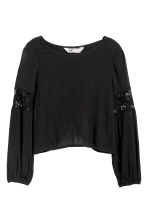 Crinkled top with lace - Black -  | H&M CN 2