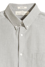 Cotton shirt Regular fit - Light khaki green - Men | H&M 3