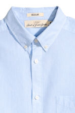 Cotton shirt Regular fit - Light blue/Striped - Men | H&M CN 3