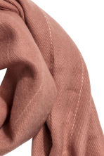 Pinstriped scarf - Old rose - Ladies | H&M CN 2