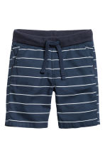 Twill shorts - Dark blue/Striped - Kids | H&M IE 2