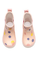 Patterned wellingtons - Light pink/Spotted - Kids | H&M 2