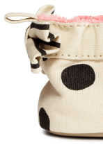 Soft slippers - White/Spotted - Kids | H&M 4