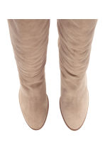 Suede knee-high boots - Light beige - Ladies | H&M CN 2