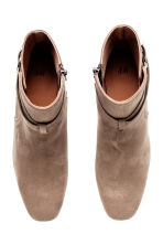 Ankle boots - Khaki beige - Ladies | H&M 2