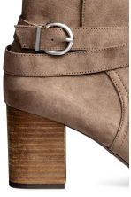 Ankle boots - Khaki beige - Ladies | H&M 4