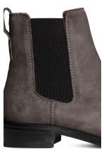 Suede Chelsea boots - Dark grey - Ladies | H&M 4