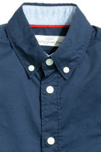Generous fit Cotton shirt - Dark blue - Kids | H&M CN 2