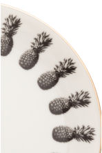 Pineapple-patterned plate - White/Gold - Home All | H&M CN 2