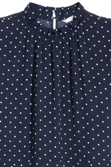 Vestido em tecido encrespado - Azul escuro/Bolas - SENHORA | H&M PT