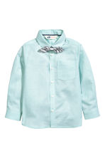 Shirt with a tie/bow tie - Light mint green -  | H&M 2