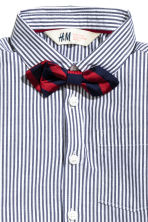 Shirt with a tie/bow tie - Dark blue/Striped - Kids | H&M 3