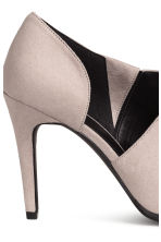 Court shoes - Light mole - Ladies | H&M CN 4