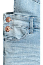 Salopette en denim - Bleu denim clair - ENFANT | H&M FR 5