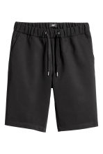 Knee-length elasticated shorts - Black - Men | H&M 2