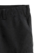 Knee-length shorts - Black - Men | H&M CN 3