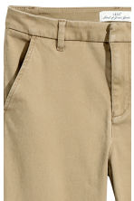 Skinny chinos - Khaki beige - Ladies | H&M 4