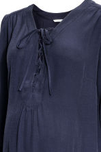 MAMA Dress with lacing - Dark blue - Ladies | H&M 3