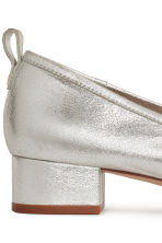 Low court shoes - Silver - Ladies | H&M 4