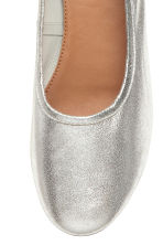 Low court shoes - Silver - Ladies | H&M 3
