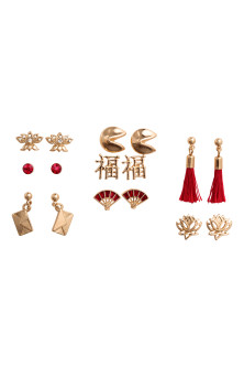 8 pairs earrings